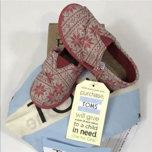 New Toddler TOMS Tiny Classic Red Snowflake Shoes